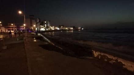 Advierten que acciones contra oleaje en Huanchaco contaminan el mar