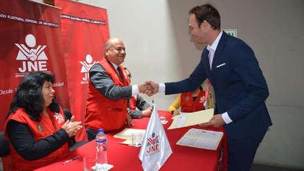 George Forsyth recibió sus credenciales como nuevo alcalde de La Victoria