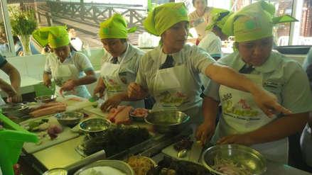 Chefs escolares lucen su talento en festival del Ceviche