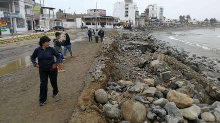 Declaran en emergencia balneario de Huanchaco por oleaje anómalo