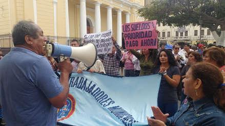 Trabajadores del municipio de Chiclayo anuncian huelga por falta de pagos