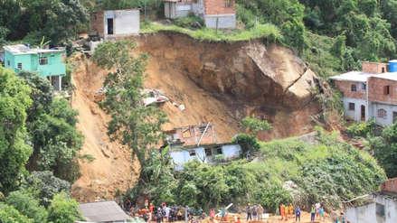 Brasil | Diez muertos y cuatro desparecidos tras un deslizamiento de tierra en Rio de Janeiro