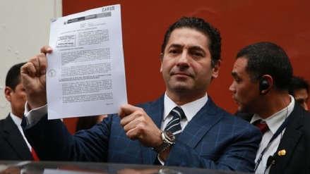Salvador Heresi presentó renuncia irrevocable a bancada Peruanos por el Kambio