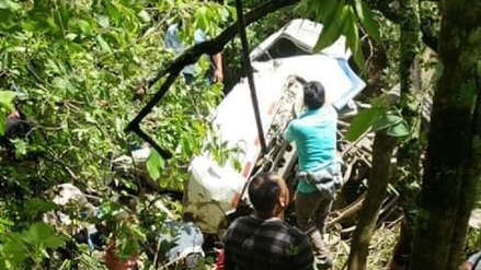 Amazonas | Seis adolescentes y un adulto murieron tras caída de bus a un abismo