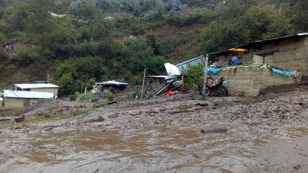 Al menos 10 familias damnificadas tras huaico en Paucartambo