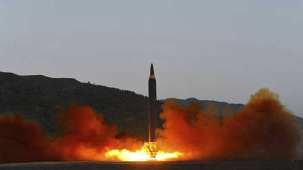 Corea del Norte oculta bases de lanzamientos de misiles, según estudio de EE.UU.