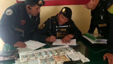 Policías hallan y devuelven más de mil soles a madre de familia en Cusco