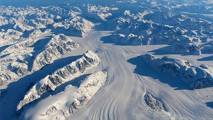 Un cráter más grande que París fue descubierto bajo el hielo de Groenlandia