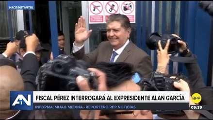 Alan García llegó a la Fiscalía para declarar por caso Metro de Lima