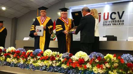 Premio Nobel de la Paz recibe grado Doctor Honoris Causa en Trujillo