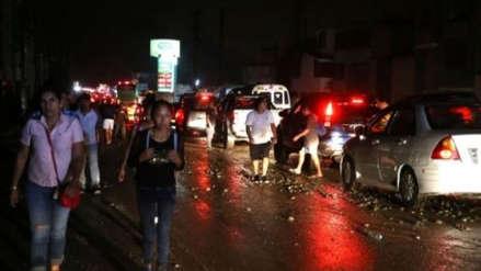 Rutas de Lima cerró un carril de la Panamericana Sur por rotura de tubería