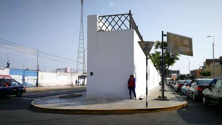 Autoridades recuperan histórica muralla de la avenida España