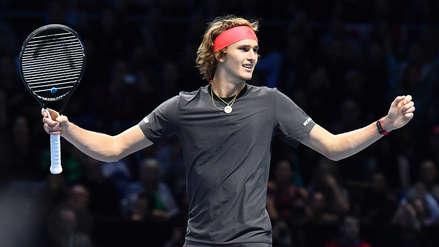 Alexander Zverev venció en sets corridos a Roger Federer y jugará la final del Torneo de Maestros