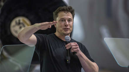 La NASA investigará a firmas SpaceX y Boeing tras video de Elon Musk fumando marihuana
