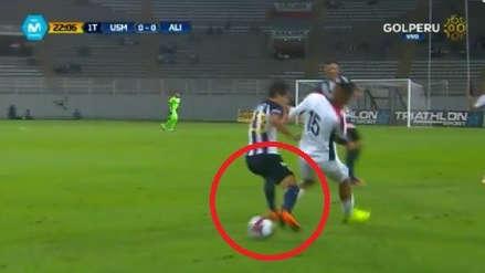 Alianza Lima vs. San Martín: jugador blanquiazul sufrió asombrosa jugada de lujo