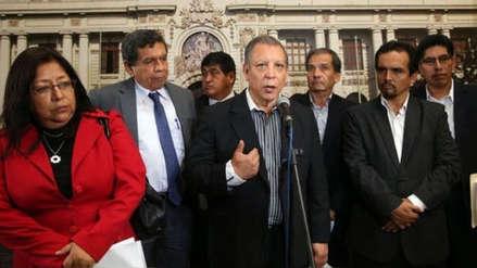 Congresistas de Frente Amplio viajarán a Uruguay tras pedido de asilo de Alan García