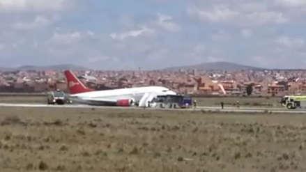 Un avión de Peruvian Airlines realizó un aterrizaje forzoso en el aeropuerto de La Paz