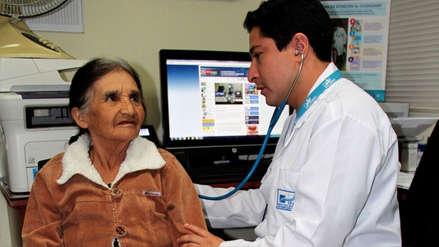 EsSalud: Asegurados podrían atenderse en centros de salud del Minsa y viceversa