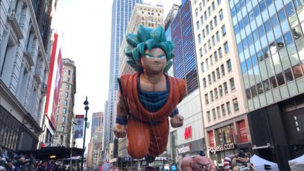 [Galería] Gokú aparece en el desfile del Día de Acción de Gracias de EEUU