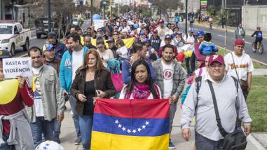 El flujo migratorio de venezolanos se incrementa a Colombia, Ecuador y Perú
