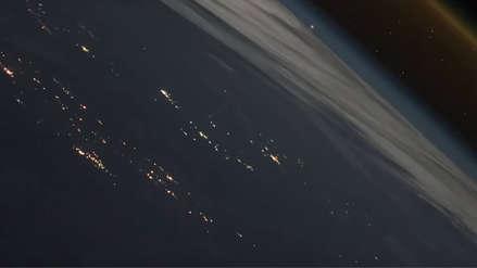 El impresionante despegue de la nave rusa Soyuz visto desde el espacio