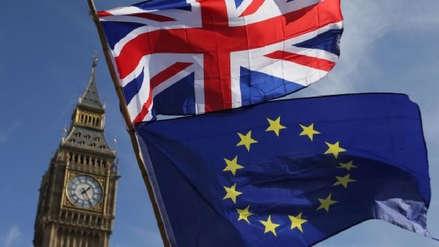 Brexit: los 27 países de la UE aprueban el