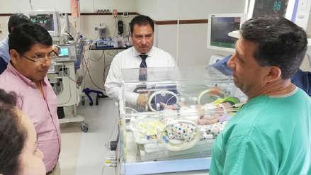 """Bolivia operó de forma """"exitosa"""" a bebé que nació con el corazón fuera del pecho"""