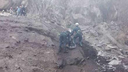 Obreros murieron enterrados durante trabajos de mantenimiento de represa en Espinar