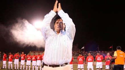 EDWIN OVIEDO | CUELLOS BLANCOS | El presidente de la FPF y su sinuoso camino por el fútbol peruano