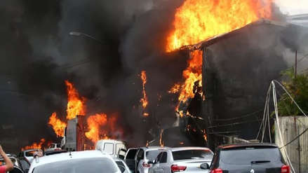Brasil: Dos muertos y 12 heridos al caer avioneta sobre casas en Sao Paulo