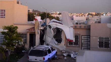 Al menos cuatro muertos al caer avioneta sobre casa en el noroeste de México