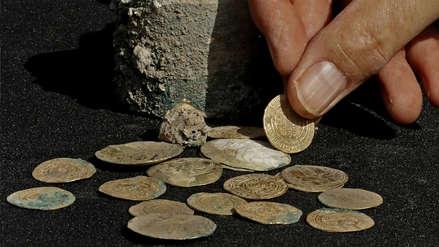 Fotos | Arqueólogos descubren un tesoro de monedas de oro de hace 900 años en Israel