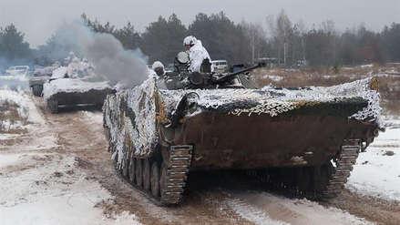 Ucrania traslada tropas a las regiones fronterizas con Rusia