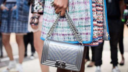La casa de moda Chanel ya no usará pieles de animales exóticos en sus artículos