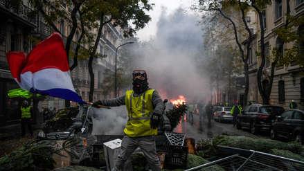 Macron da marcha atrás ante presión de los