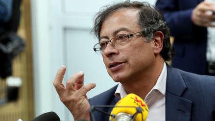 Justicia de Colombia abre investigación a excandidato presidencial por video en el que recibe fajos de dinero