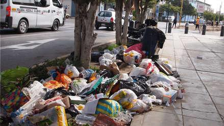 En Chiclayo más de 400 toneladas de basura se acumulan en las calles