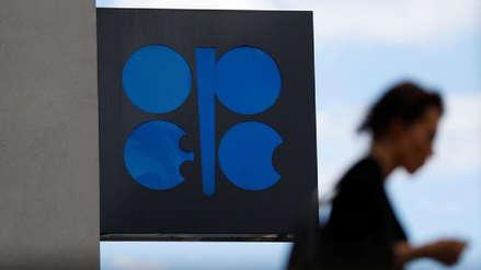 OPEP y sus aliados acuerdan recorte de producción de petróleo pese a presión de EE.UU.