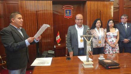 Juramentó nuevo alcalde de Chiclayo tras detención de David Cornejo