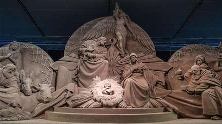 El Vaticano inauguró un nacimiento hecho con arena