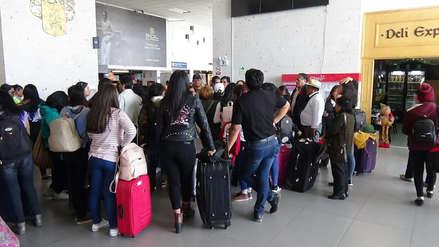 Arequipa: 58 escolares varadas por vuelo cancelado a Cusco