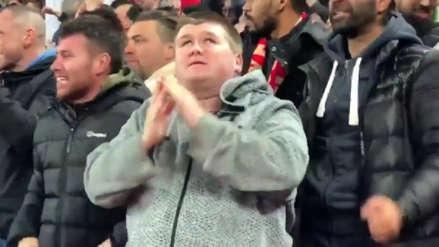 Champions League: el emotivo festejo de un hincha ciego del Liverpool