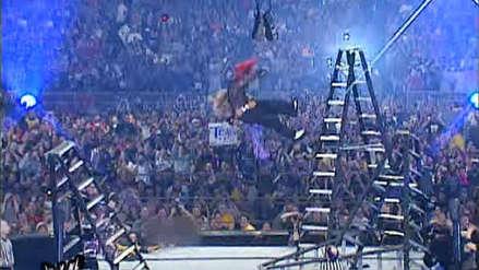 WWE TLC: Los cinco mejores momentos con mesas, escaleras y sillas en la historia