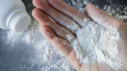 Canadá busca prohibir el uso de talco mineral por daños a la salud