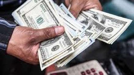 Dólar cae por séptimo día consecutivo y cierra en S/3,353, sepa por qué