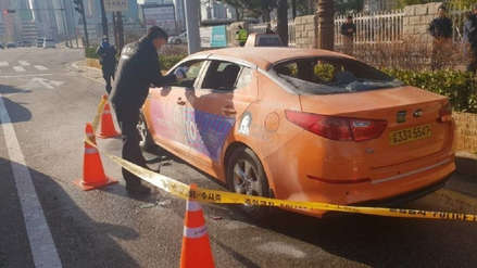 Un taxista murió tras prenderse fuego para protestar contra una aplicación para compartir viajes