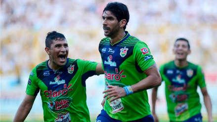 El 'Loco' Abreu sigue agrandando su récord en el fútbol fichando por este club