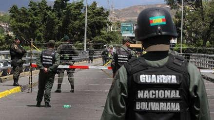 Dos menores de edad que armaban un nacimiento en la calle fueron abatidos por policías en Venezuela