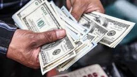 Dólar sube el martes luego de nueve sesiones a la baja y cierra en S/3.349