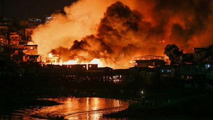Fotos | Incendio devoró un barrio pobre de Manaos en Brasil